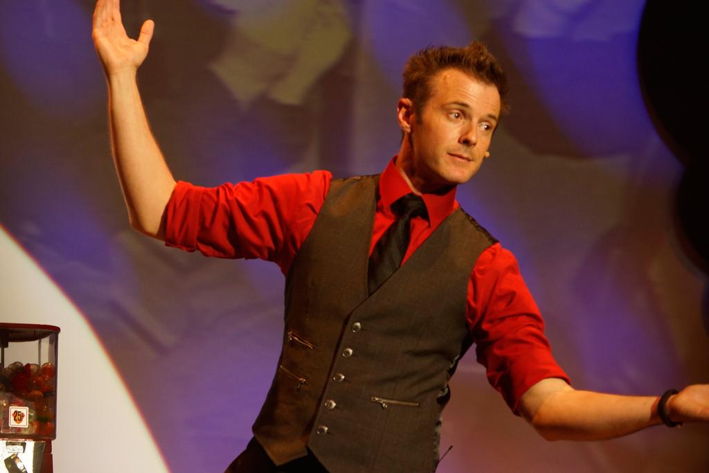 Christopher James Comedy Magician
